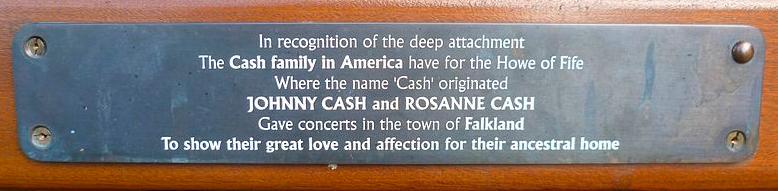 800px-Cash_bench_plaque,_Falkland,_Fife